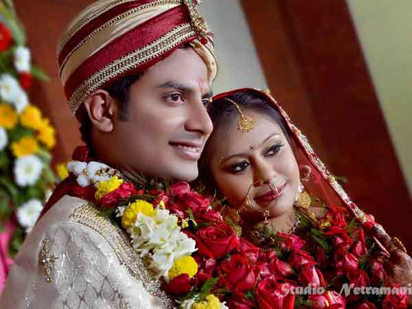 Wedding photograper clicked this photo after Wedding to build a bonding between 2 couples